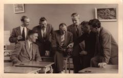 papa school jaren 50.JPG