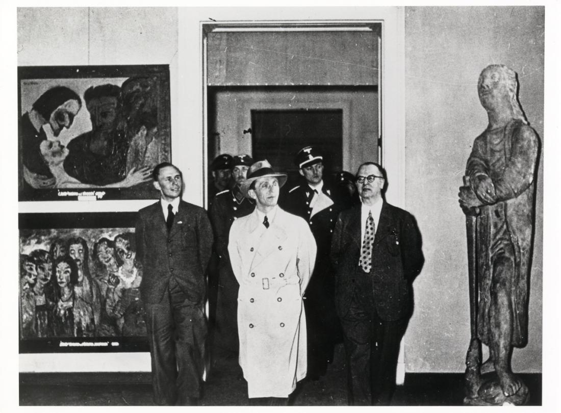 EN_Presse_Foto_EntarteteKunst-Goebbels_klein
